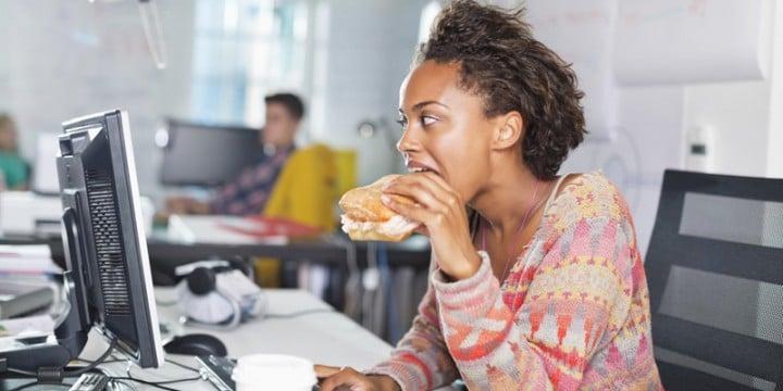 Image manger au bureau