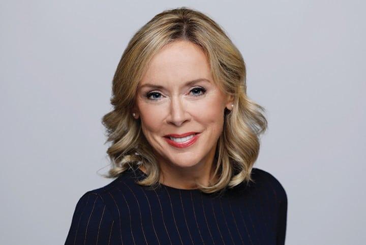 Conférenciers Québec, Formation, Motivation et Team Building - Formax - Esther Bégin - Conférencière et journaliste