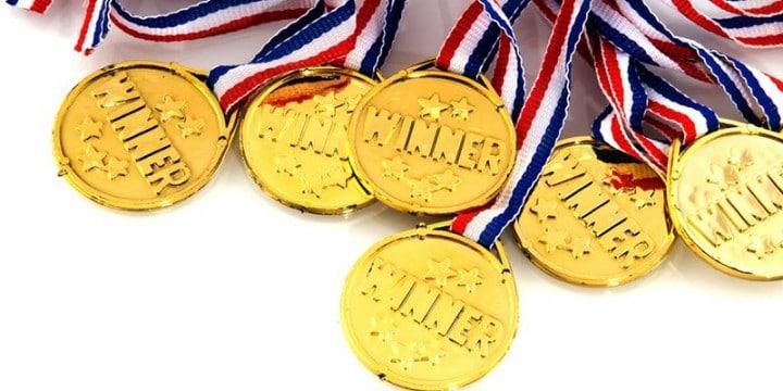 Conférenciers Québec, Formation, Motivation et Team Building - Formax - L'autre côté de la médaille