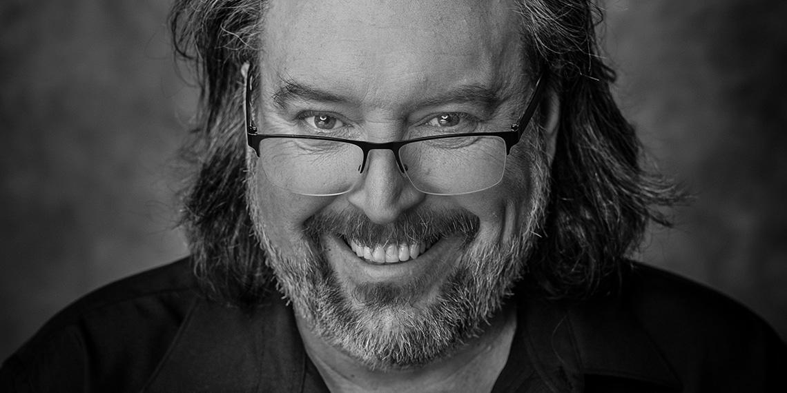 Conférenciers Québec, Formation, Motivation et Team Building - Formax - Bryan Perro - Conférencier, auteur et metteur en scène